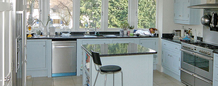 'Shaker-style' Fitted Kitchen